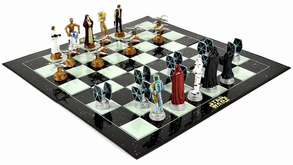 Star Wars Gifts 7 Chess Set