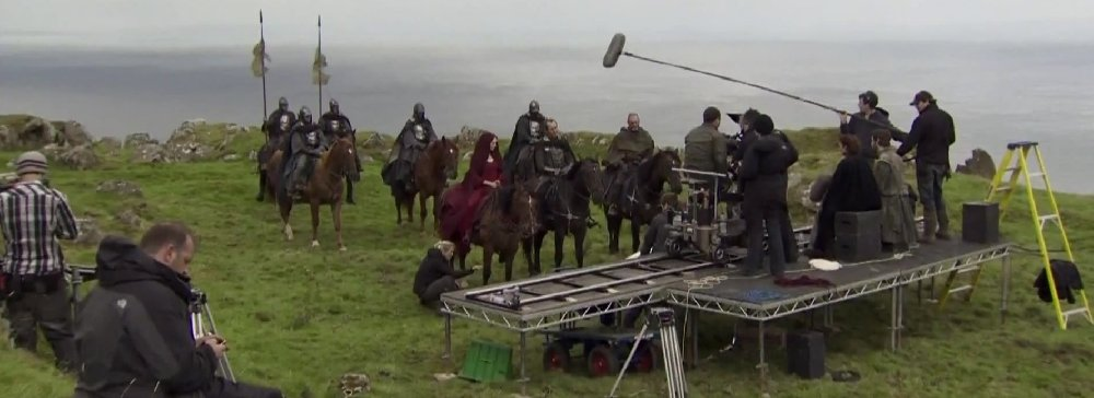 Games of Thrones Facts and Photos from Behind the Scenes 4