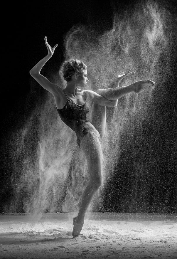 Dance Photography 8b One leg stand