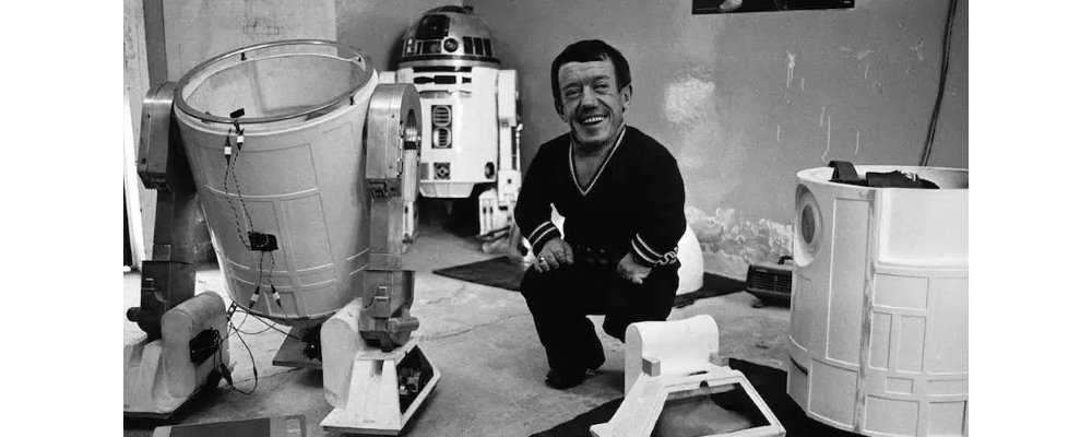 Star Wars Secrets - The Empire Strikes Back - Behind the Scenes Droids R2D2
