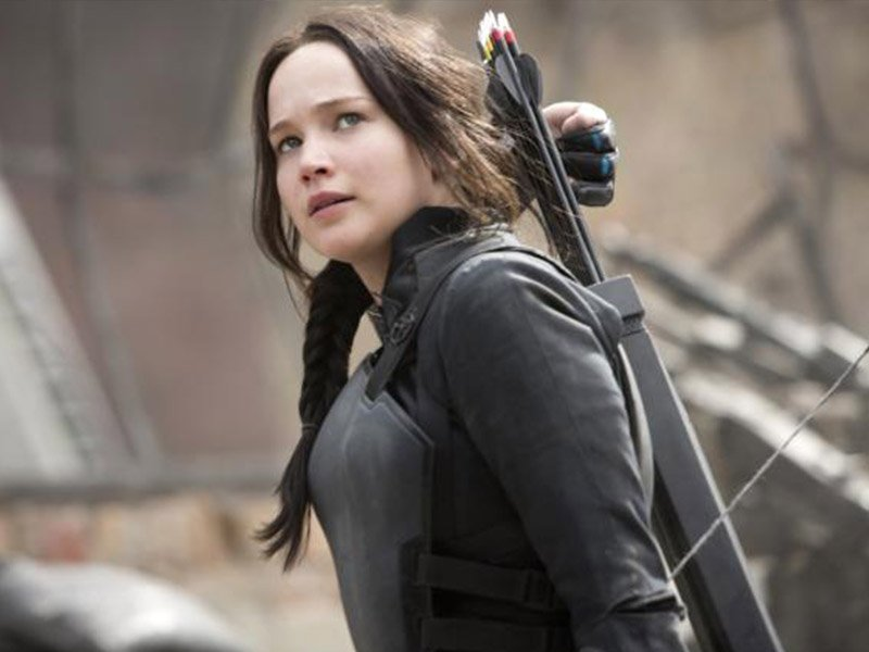 The Hunger Games Revealed - Katniss Reaches for Arrow