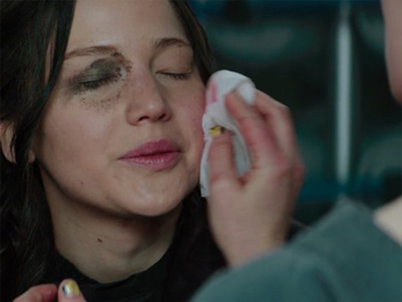 The Hunger Games Revealed - Jennifer Lawrence Special Effects Makeup