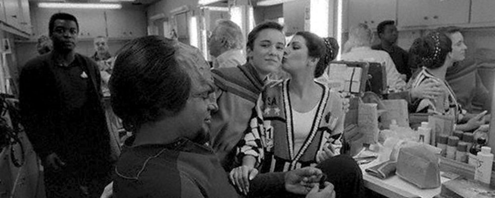 Star Trek the Next Generation Tales From the Set - Cast in Makeup Room