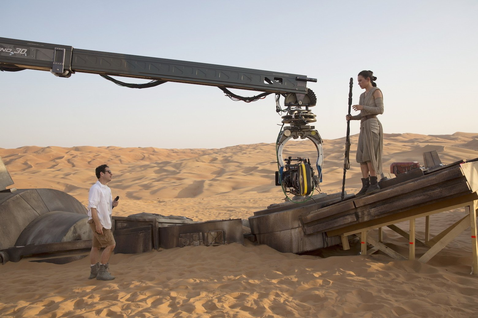 Star Wars VII The Force Awakens 13 - JJ Abrams and Daisy Ridley on set