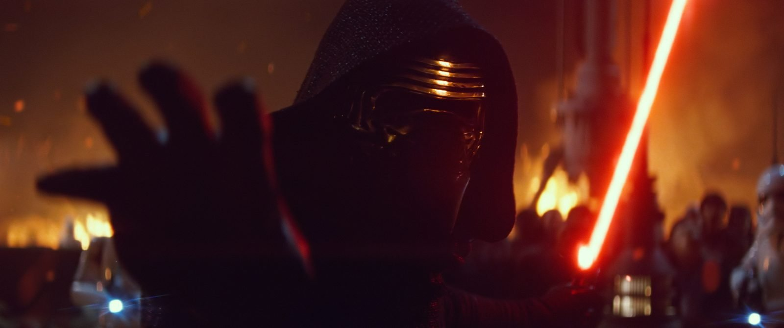 Star Wars VII The Force Awakens 29 - Kylo Ren attacks with Force