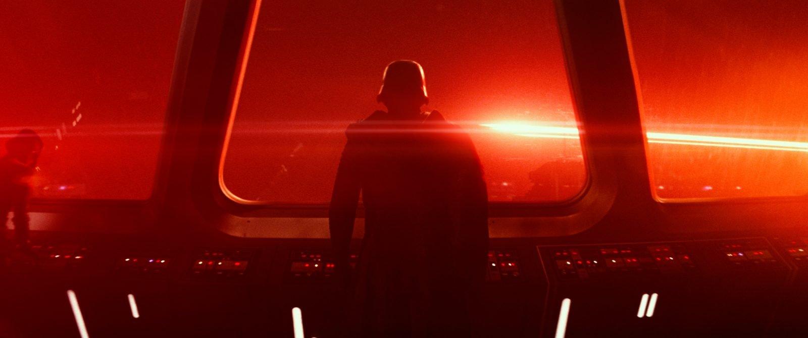 Star Wars VII The Force Awakens 3 - Kylo Ren on Starship