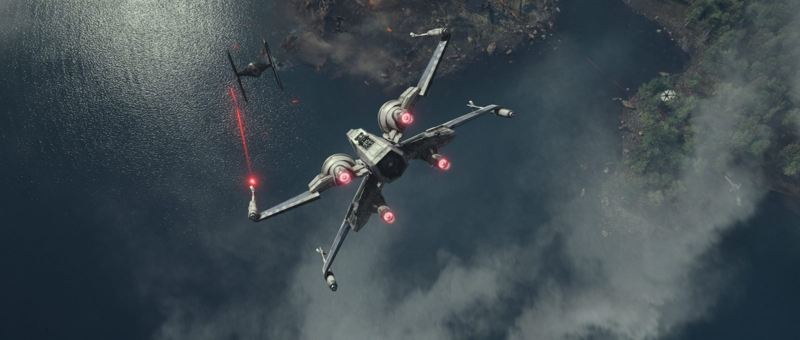 Star Wars VII The Force Awakens 6 - X-Wing shoots Tie Fighter